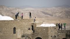 ЮНЕСКО призна като част от Палестина две джамии в Хеброн и Витлеем и осъди агресията на Израел