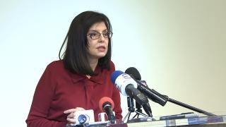 Кунева обвини наследника си в МОН, че отказва да поеме отговорност
