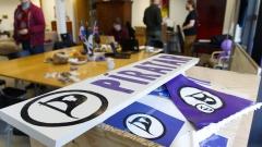 Президентът на Исландия връчи мандат на Пиратската партия