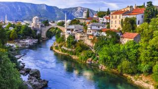 Националистите спечелиха в разделения босненски град Мостар