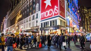 Търговците в САЩ с най-силни продажби от 6 години