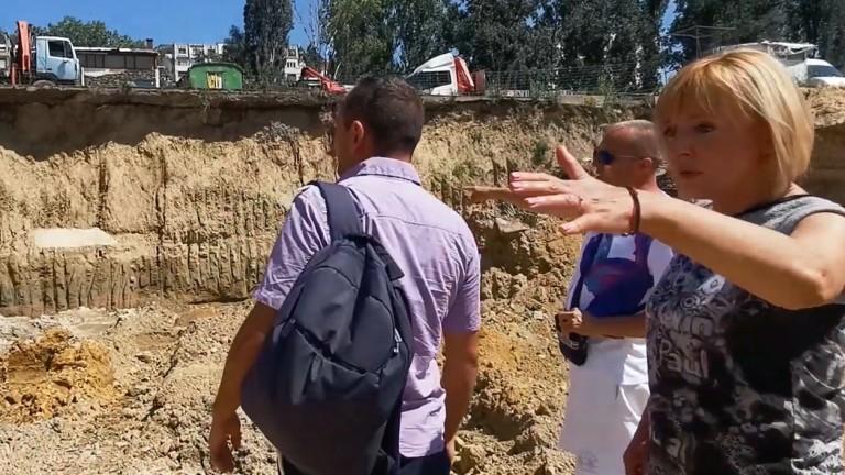 Манолова: Строят 25-етажна сграда без разрешително в Студентски град