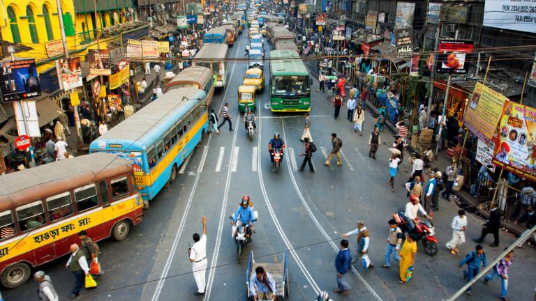 Индия гони растеж от 10%. Как може да го постигне?