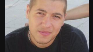 Млад мъж има нужда от средства за животоспасяваща трансплантация