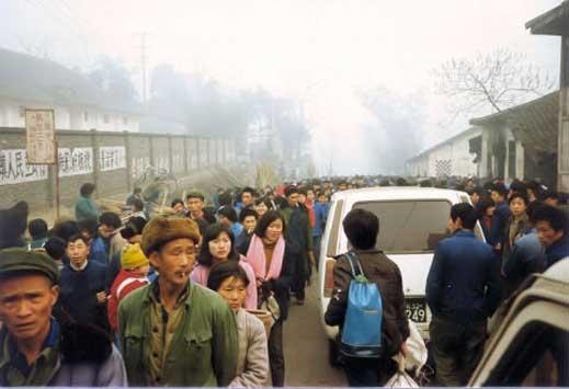В Китай арестуваха над 600 търговци на деца