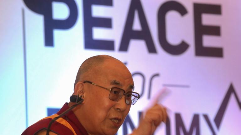 Далай Лама иска да види Русия в ЕС и централа на НАТО в Москва
