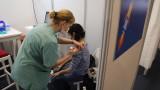 Израел вече с близо 1 млн. ваксинирани срещу COVID-19