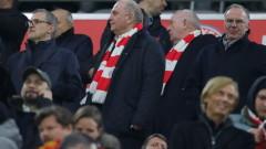 Хьонес подкрепи Ковач