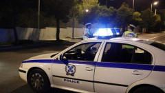 Кола с мигранти катастрофира след полицейско преследване в Северна Гърция