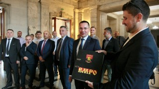 ВМРО влизат сами в битката за София