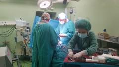 """Лекари от """"Пирогов"""" и """"Майчин дом"""" спасиха бременна и бебето й след тежка катастрофа"""