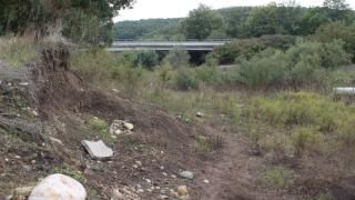 Откраднаха подпори за мост между три созополски села