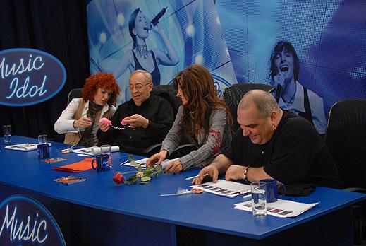 От понеделник зрителите избират финалистите на Music Idol