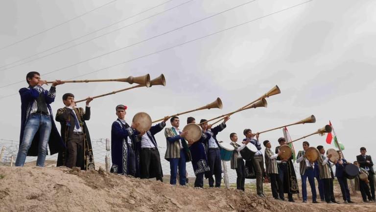 Централна Азия - на клик разстояние