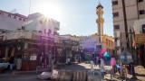 Нападнат и намушкан е охранител на френското консулство в Джеда, Саудитска Арабия