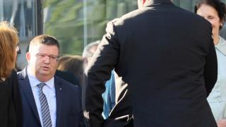 Цацаров не иска прокуратурата да се самосезира след всяка реч