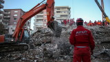 Вече 58 са жертвите на мощното земетресение в Измир