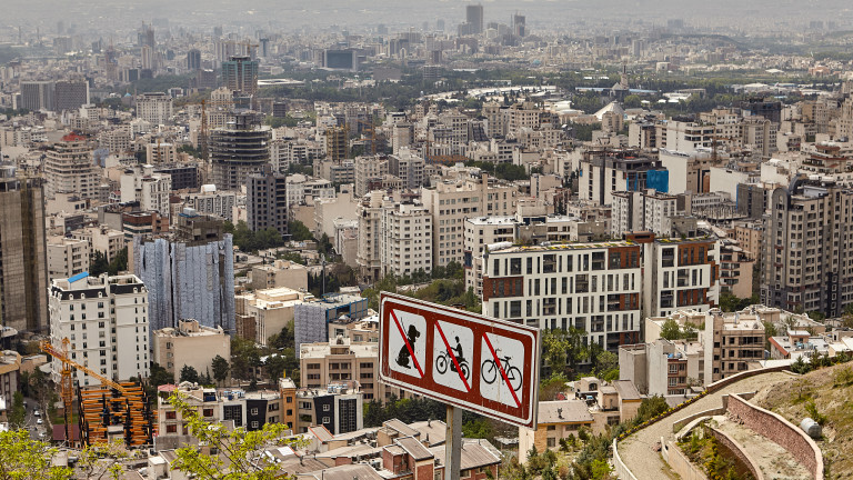 Тръмп засилва санкциите срещу Иран, въпреки опита на Европа да потуши напрежението