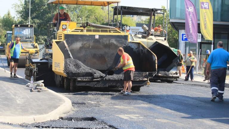 Движението по ремонтирания участък от столичния булевард