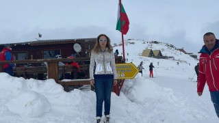 Българите са по курортите и подкрепят родния туризъм, доволна Николова