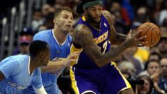Клипърс унизи сериозно Лейкърс в НБА
