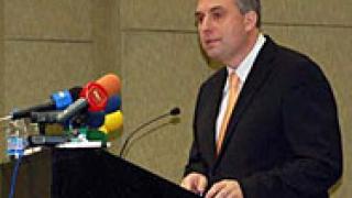 Калфин се среща с финансовия министър на Бахрейн