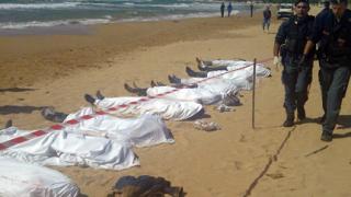 Жертвите на корабокрушението при остров Лампедуза вече са 311