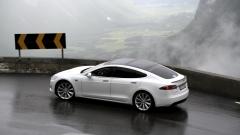 Германия спира да дава субсидии за покупката на Tesla Model S