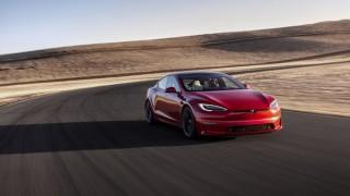 Въпреки bitcoin и скъпите суровини: Tesla се готви за рекордна печалба