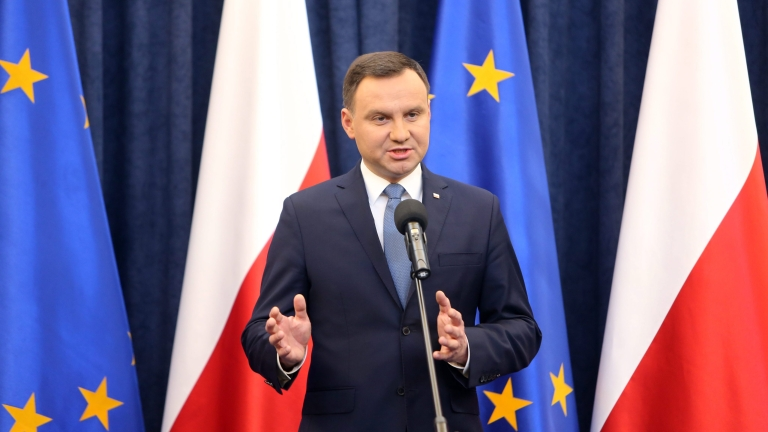 Държавният секретар на САЩ звънна на президента на Полша, той му отказа разговор