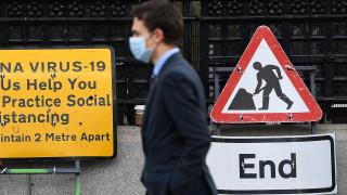 Коронавирус: Великобритания отчете 595 смъртни случая