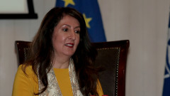 Херо Мустафа: САЩ задълбочават отношенията с България, но падането на визите е сложно
