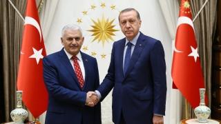 Ердоган одобри състава на правителството на Бинали Йълдъръм