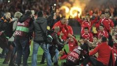 """От дъното на футболния ад, до изковано със златни букви място в """"червената"""" история!"""