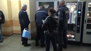 Млад мъж рани трима полицаи при опит да бъде задържан в Сливен
