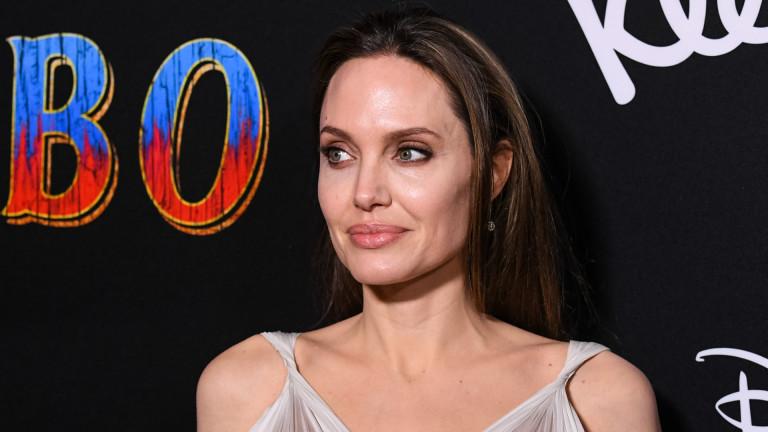 Изненадата на Анджелина Джоли за Шайло