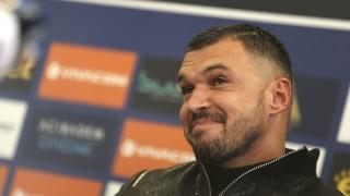 Валери Божинов: Ще даря заплатата си от Пескара на Левски