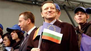 Европейската перспектива за Сърбия трябва да остане открита