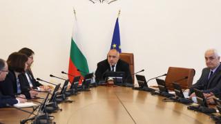 Борисов иска до месец камери или полицай във всяко село