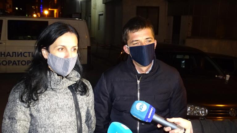 Разпитаха родителите на убитите деца в Сандански
