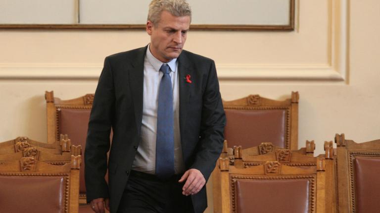 Москов обяви за престъпно поведението на прокуратурата за ваксините