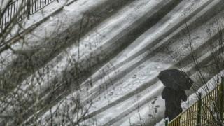 """Временно ограничиха движението на всички автомобили в посока София на АМ """"Люлин"""""""