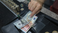 Турската валута се обезцени