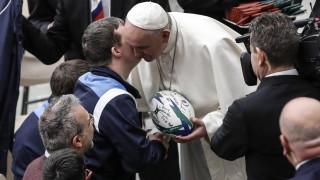 Папата заклейми атакуващите църквата, свързани били с дявола