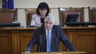 Гечев: Борисов манипулира икономическите данни - лазим по дъното на ЕС