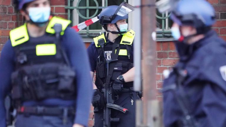 Германската полиция нахлу в домовете на заподозрени съучастници на джихадиста от Виена