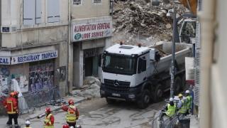 Откриха шести загинал под руините на сградите в Марсилия