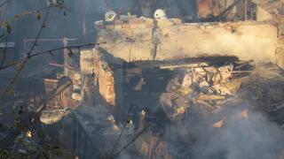 Отново горяха рибарски постройки край Златни пясъци