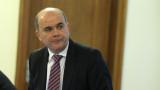 Социалният министър готов да разговаря за отпадане на осигурителните прагове