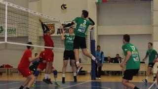 """Над 140 момичета и момчета стават част от магията на волейбола с проекта """"Аз спортувам"""" на фондация """"Играй с Развитие"""""""